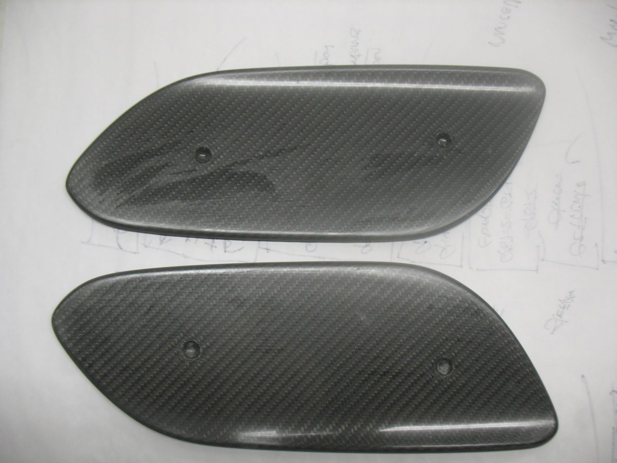 997.2 4 L Wing End Plates